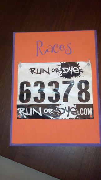 race bib holder - Disney in your Day